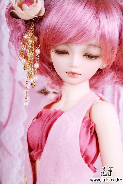 cute pink doll wallpaper for phone wallpapershareecom