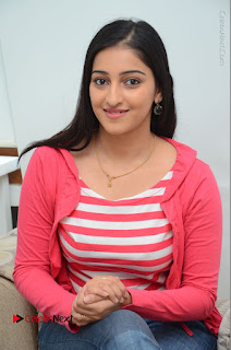 Telugu Actress Mouryani Latest Pos in Blue Denim Jeans  0198.JPG