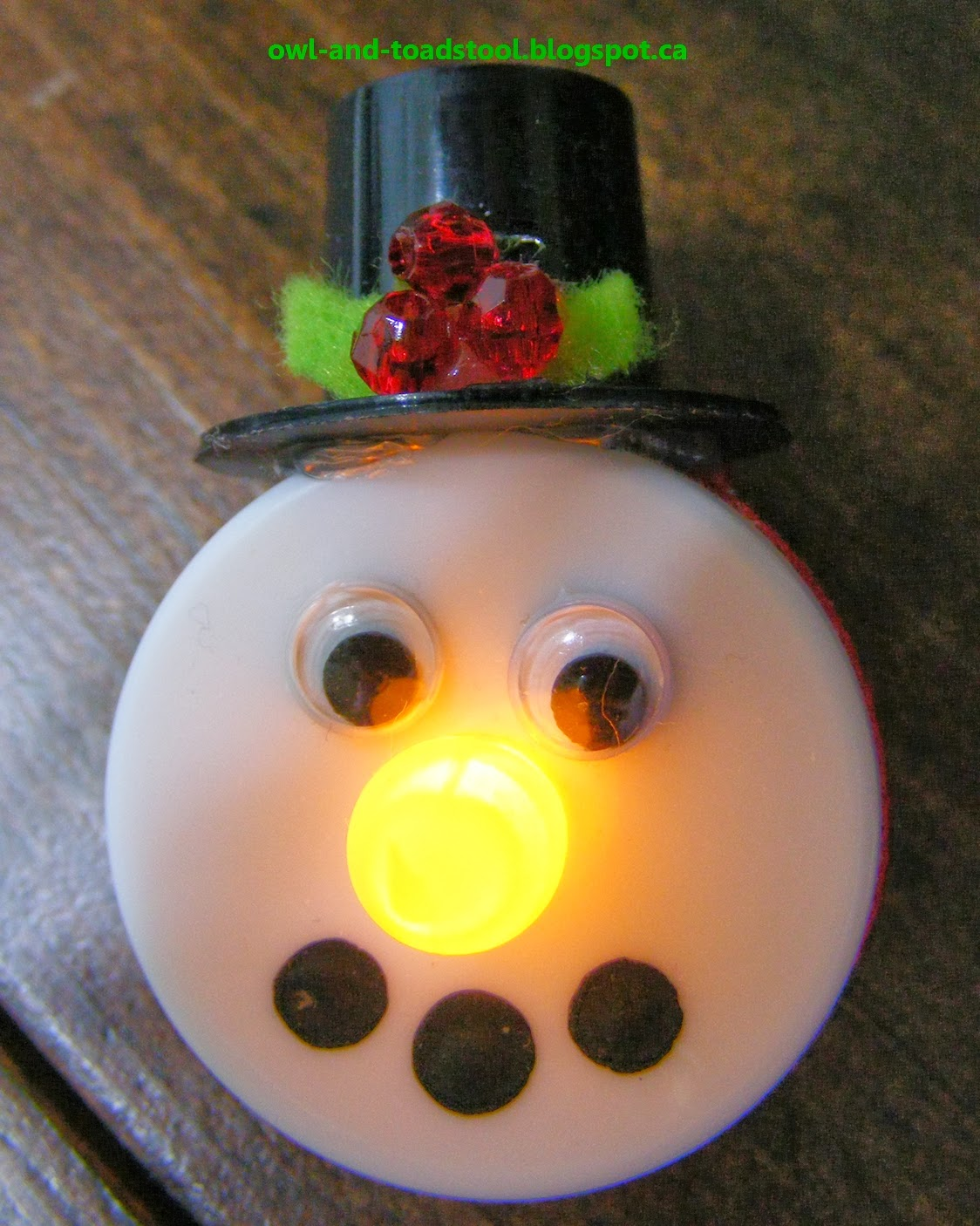 Owl Toadstool Christmas Crafts And Cards For Seniors