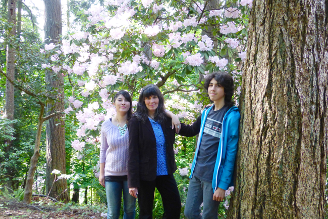 Audrey Anderson, June Anderson, Takeo Anderson, Anderson family, Hendricks Park, Hendricks Park Eugene Oregon, Eugene Oregon Hendricks Park, Rhododendron Garden, Hendricks Park Rhododendron Garden, rhododendrons in Hendricks Park, rhododendrons in Hendricks Park Eugene Oregon