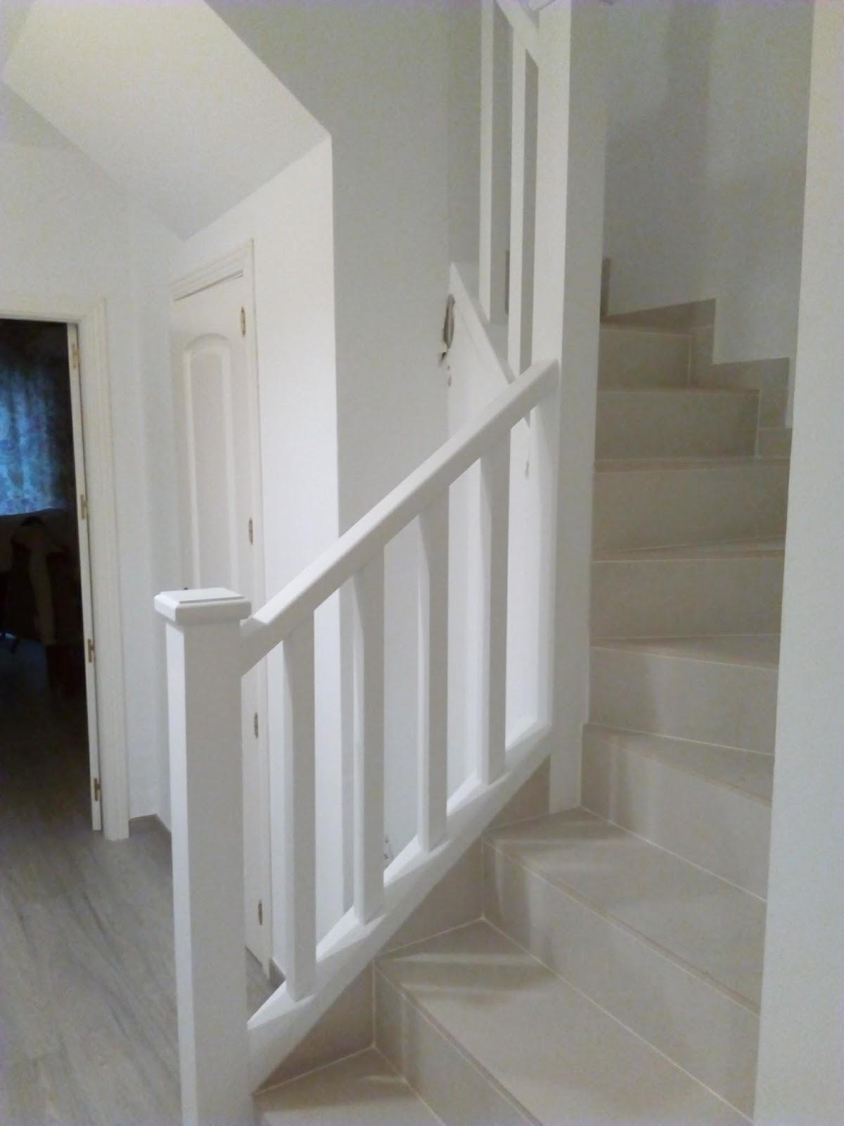 Librer as a medida en madrid muebles de madera fabritecma - Muebles en escalera ...