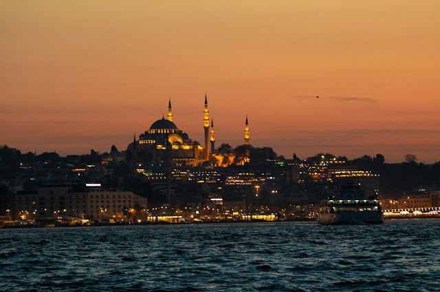 Yeni Cami al tramonto-Istanbul