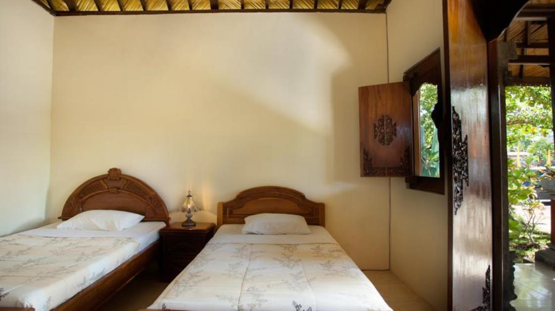 Segara Bukit Seaside Cottages