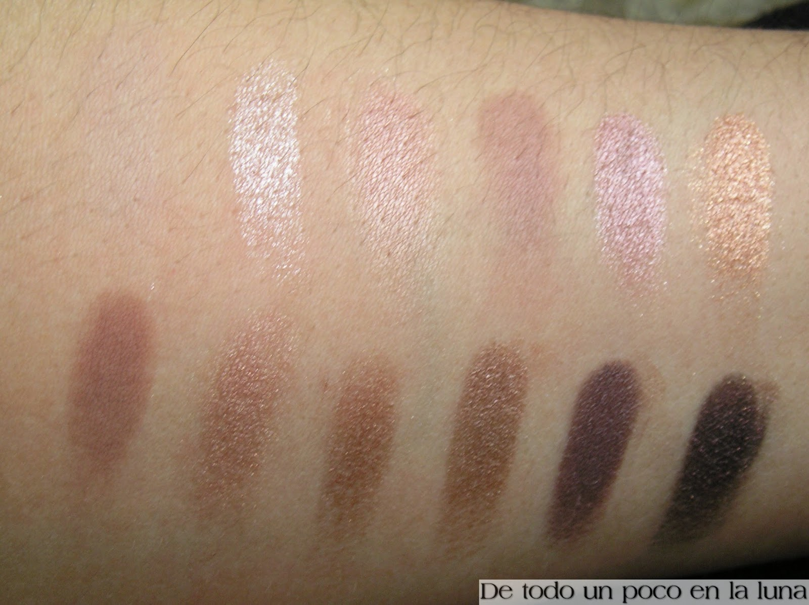 swatches paleta iconic 3 makeup revolution