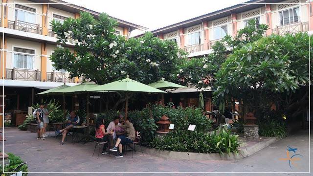 Hotel Rambuttri Village