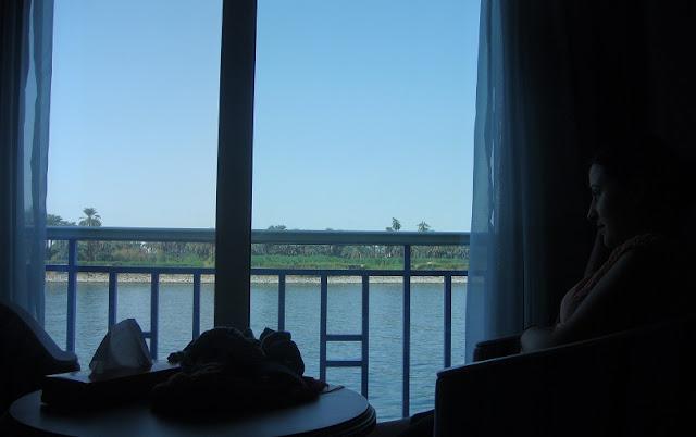 Nil Nehri'nden Mısır'ı seyrederken