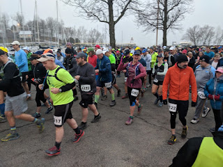 403ff479d6 All of the race distances begin together, with runners cramming into the  parking lot near the lighthouse on Kentucky Lake, awaiting the starting  line gun to ...