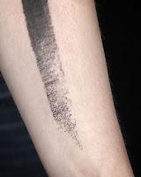 tatouage texture fine toile de lin