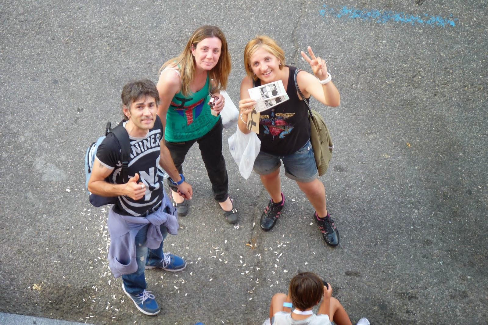 Segundos antes de acceder al Vicente Calderón. Concierto de Bon Jovi 2013.