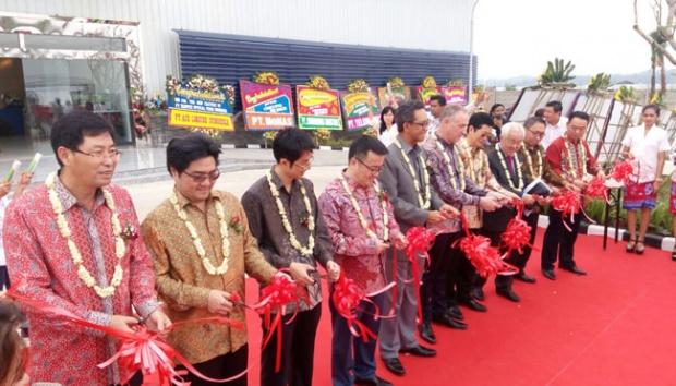 Pabrik Serat Optik Terbesar ASEAN Hadir di Karawang