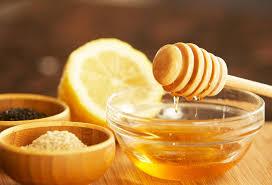 ماهي فوائد العسل والليمون المذهلة بالتفصيل