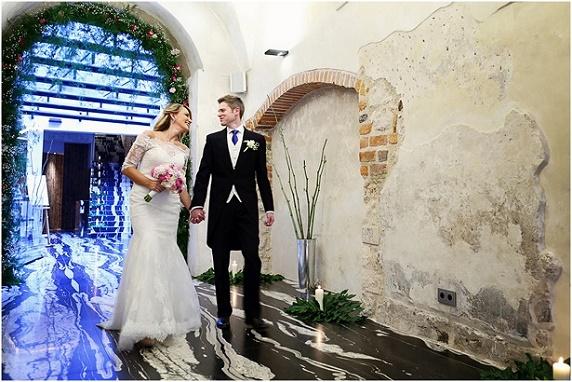 Miejsce na wesele Kraków, romantyczne dekoracje na wesele, wesele międzynarodowe