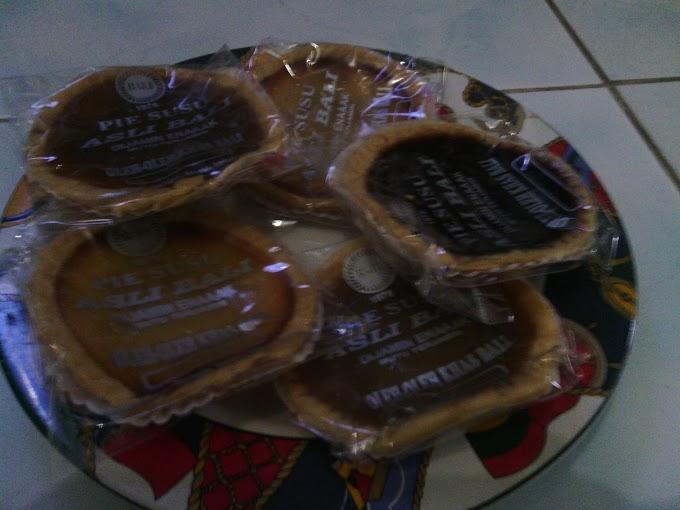 Pie Susu Oleh-oleh Khas Bali
