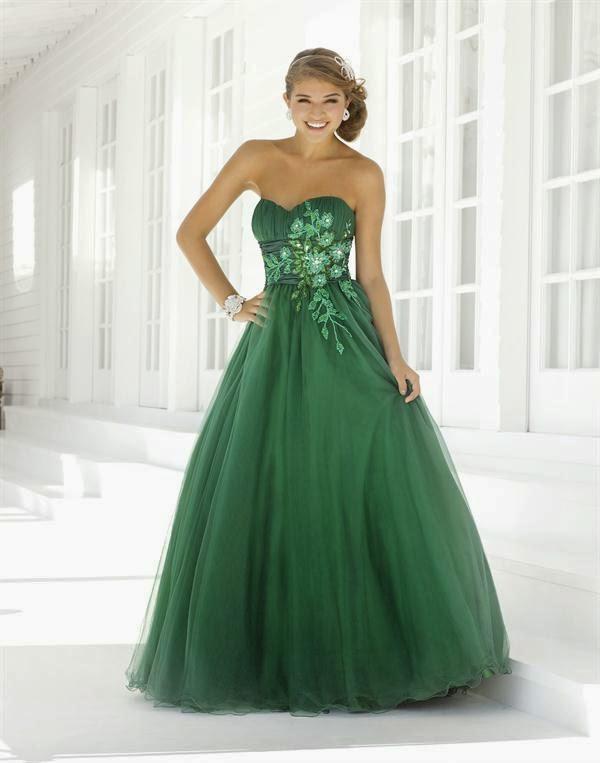espectaculares vestidos de novias | moda color verde | somos novias