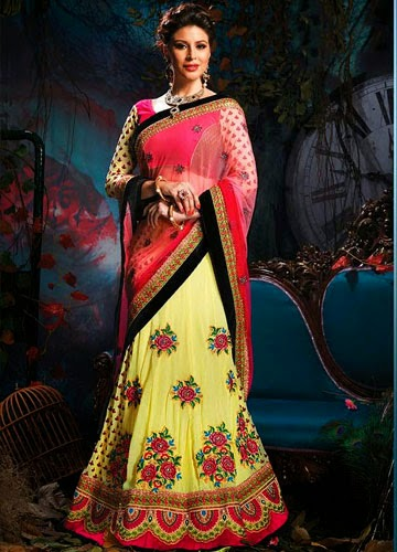 6fcdccb32077 A lehenga is attire which is likely worn by every bride. It is exclusive in  nature but every bride like to prefer it in her special day.