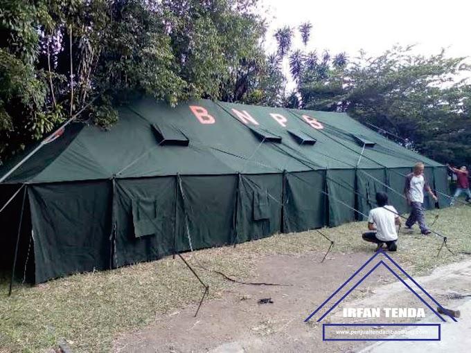 Penjual Tenda Pengungsi