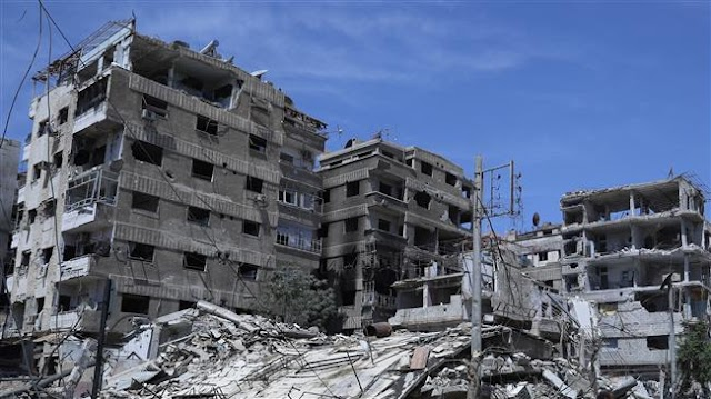 Syrian army gives 48-hour respite to militants to leave southern Damascus enclave