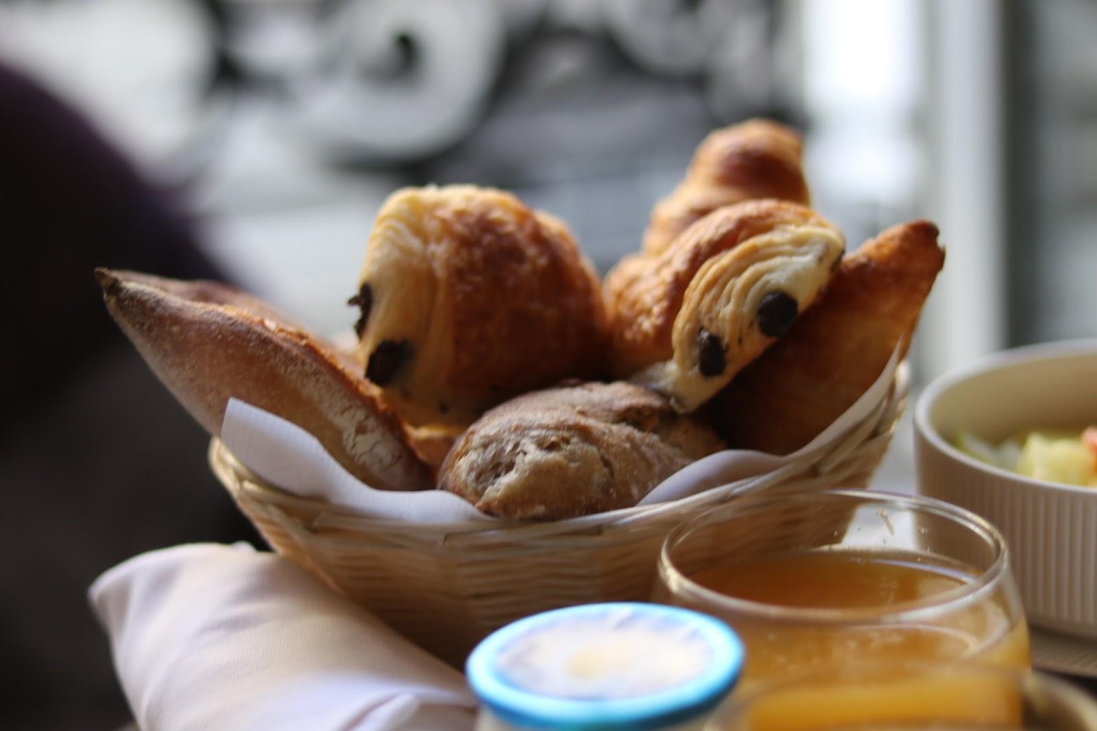 Breakfast at Pavillon des Lettres, Paris, France
