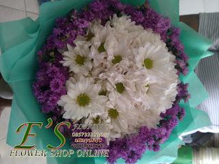 bunga tangan aster model bulat