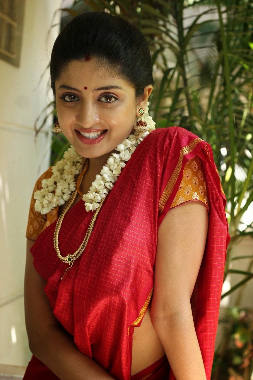 Poonam Kaur Latest Saree Pictures | Poonam Kaur ...