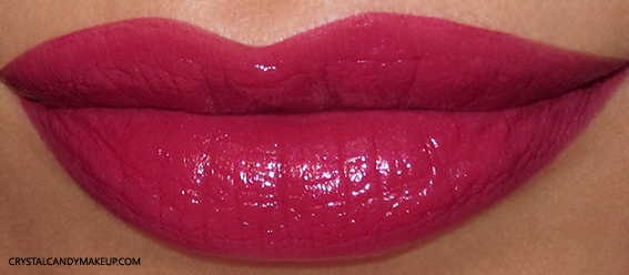 PUPA I'm Lipstick 003 Wild Red Review Swatch