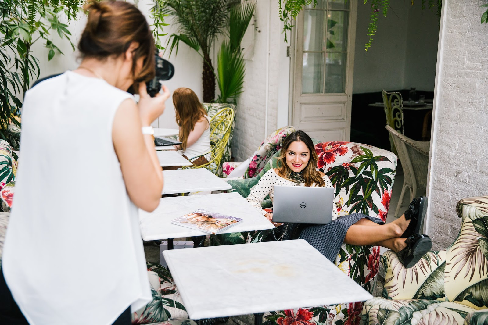 Whitney's Wonderland's Whitney Valverde UK Top Luxury Lifestyle blog shares 5 tips to take your blog to the next level with Dell Laptop XPS.