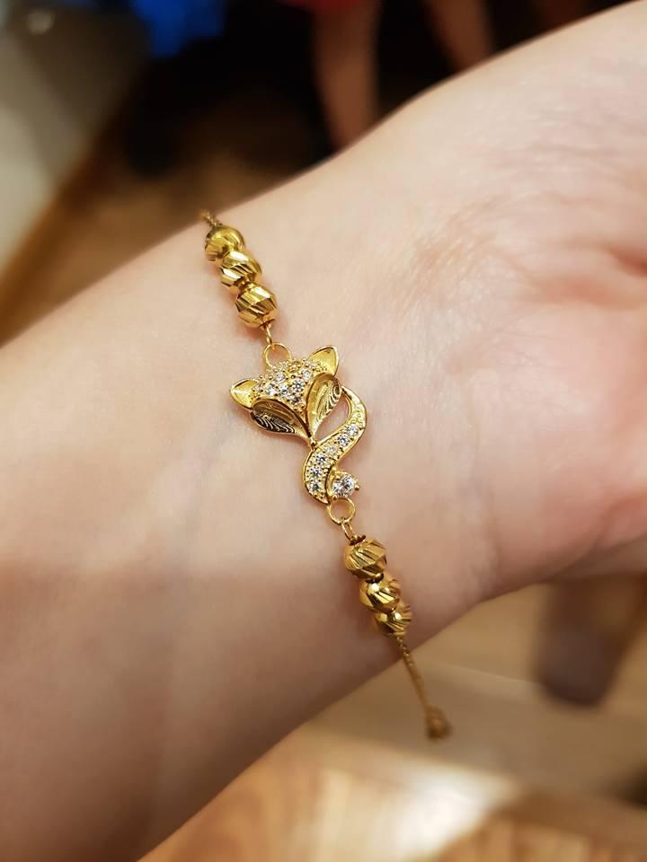 Nhìn rất đẹp, y như vàng nhưng lại là đồ vàng non mĩ ký, đeo ung thư là cái chắc