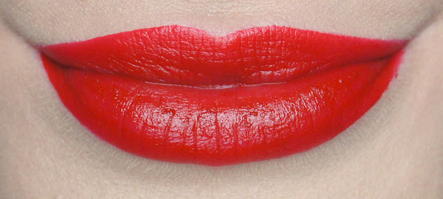 rimmel apocalips matte lip velvet 505 burning lava swatch