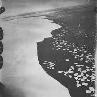 Fotografía aérea de la costa Antártida tomada por la expedición alemana de 1939