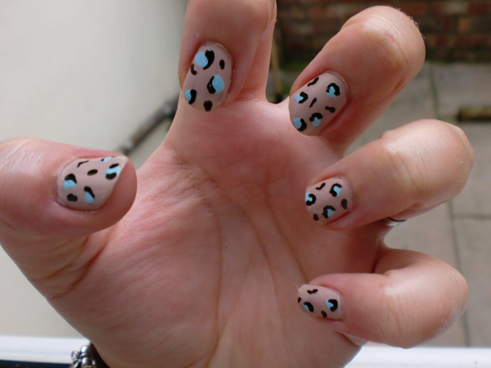leopard-print-nails