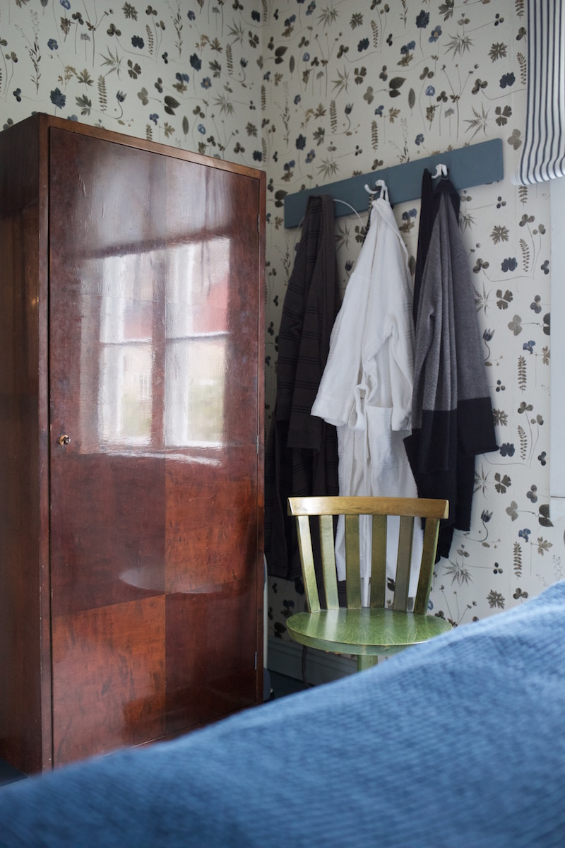 vanha hirsitalo makuuhuone