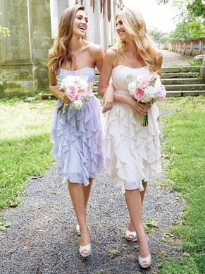 http://uk.millybridal.org/product/empire-strapless-chiffon-knee-length-ruffles-promotion-bridesmaid-dresses-ukm01012938-17472.html