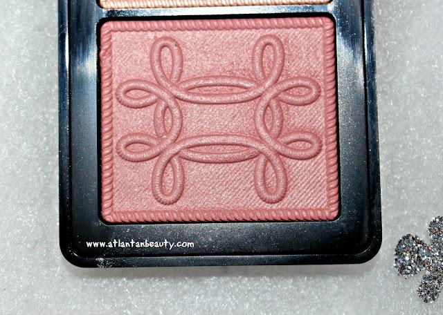 M.A.C Cosmetics Nutcracker Sweet Peach Face Compact