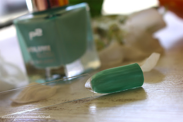 p2-Volume-Gloss-gel-look-polish-031-minty-mademoiselle