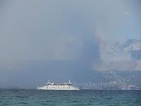 Požar Tugare Mosor Srinjine, Sitno Gornje i Donje slike otok Brač Online
