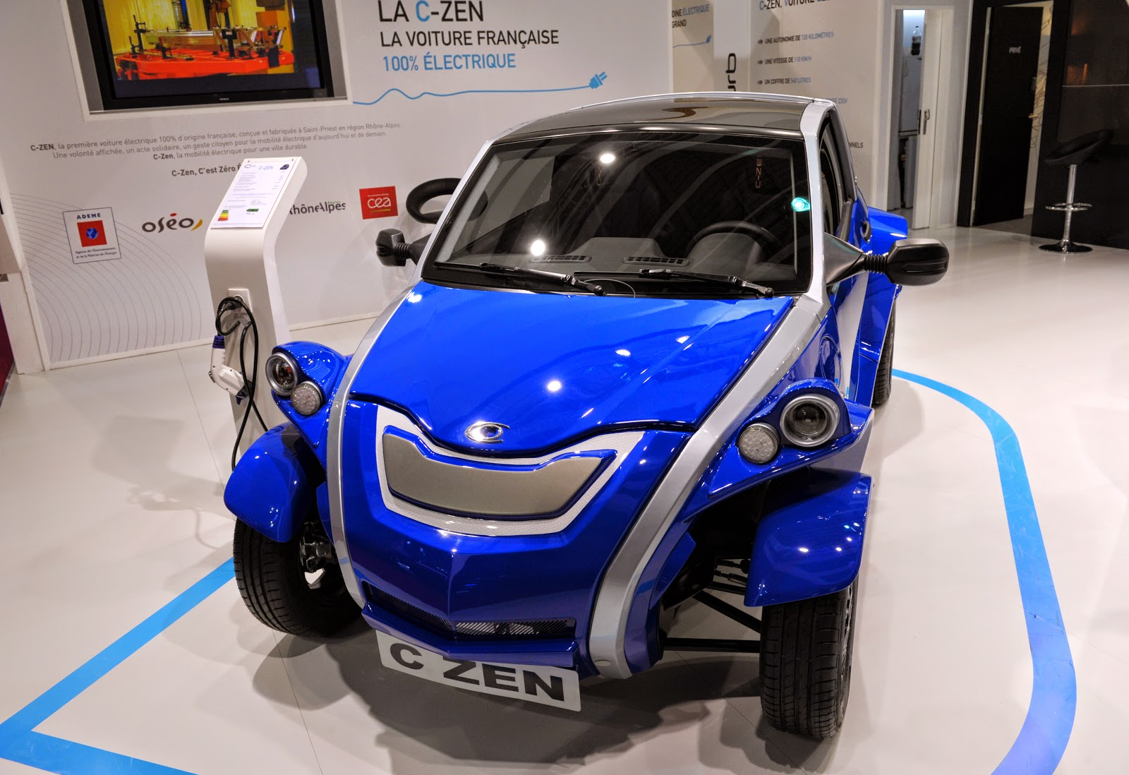 Paris Auto Show 2014 in HD Pictures