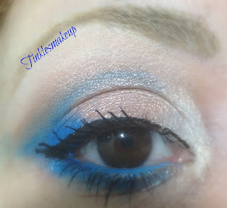 eye_makeup_look_gold_and_turquoise