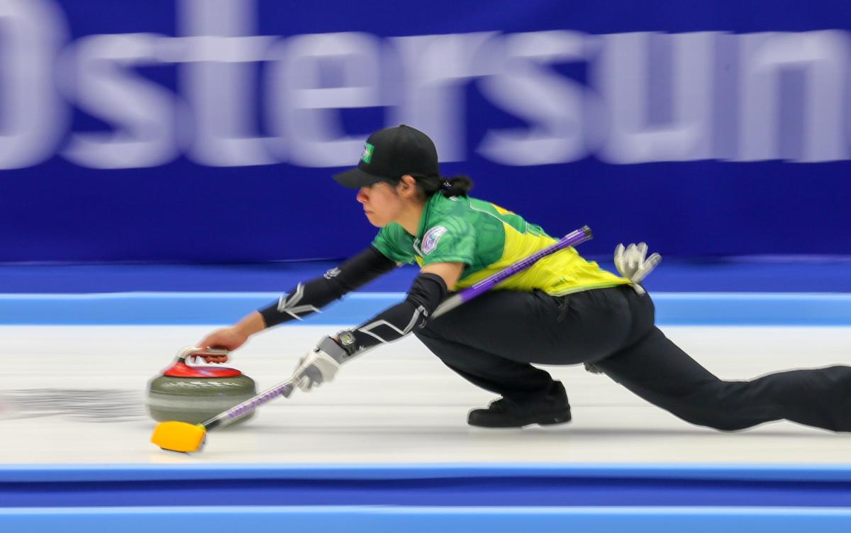 Brasileiros estreiam com derrota no Mundial de Curling Duplas Mistas