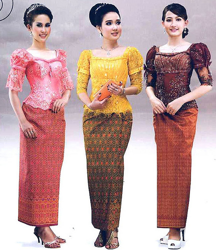 Traditional: Cambodian Clothes: Traditional Clothes