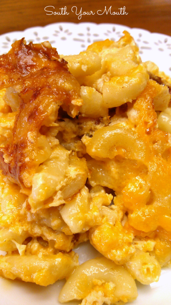 Southern-Style Crock Pot Macaroni & Cheese