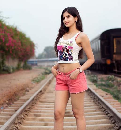 model actress sakshi malik