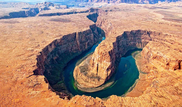 Horseshoe Bend - Colorado river