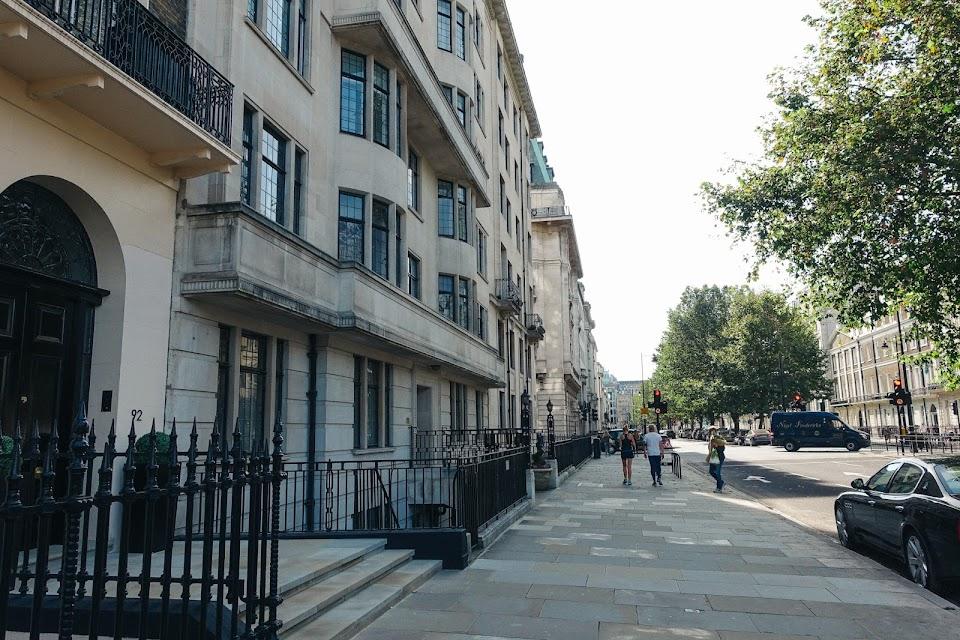 メアリルボーン(Marylebone)地区|ポートランド・プレイス(Portland Place)