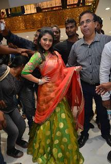 Shriya Sharma Stills At Kalamandir 25 Store Launch 4.jpg