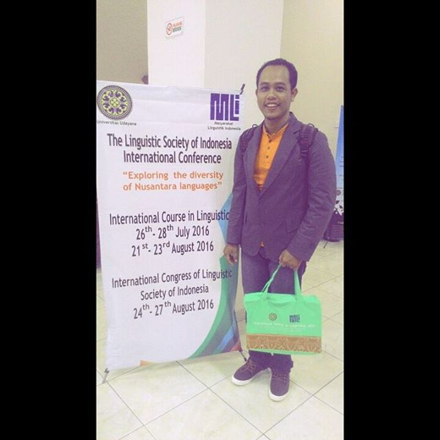 Bpk Dedy Subandowo, M.A. Has Been Awarded by SOAS, University of London, to Attend Linguistic International Course in Udayana University in Bali