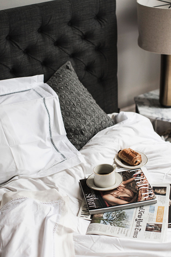 Breakfast in bed. Image via Park & Cube.