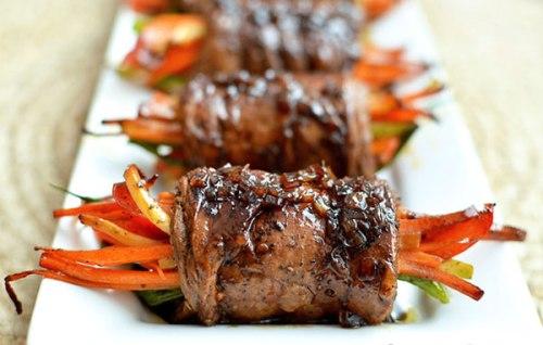 Thịt bò cuộn rau củ