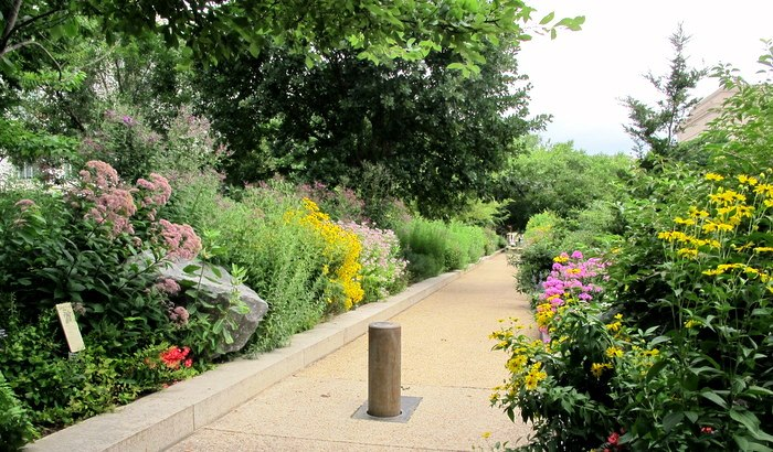 The Smithsonianu0027s Butterfly Habitat Garden Runs Along 9th Street Between  Constitution And The Mall. Itu0027s A Complex And Stunning Garden For All  Pollinators, ...