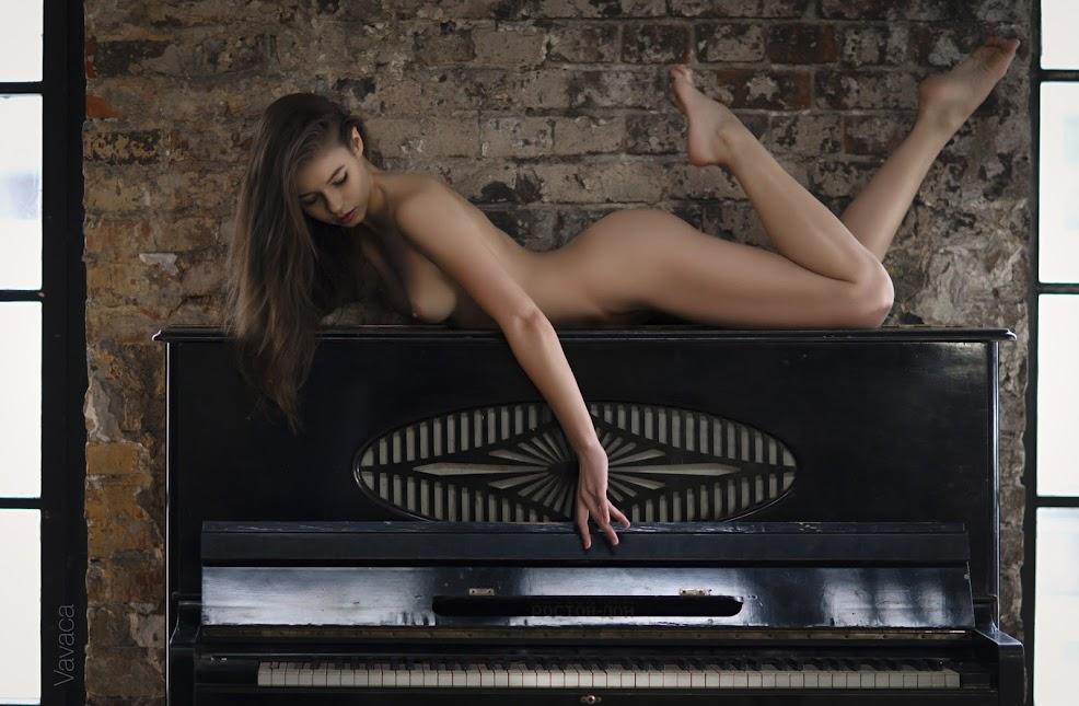 Viktoriia Aliko - Piano (by Vladimir Nikolaev) sexy girls image jav