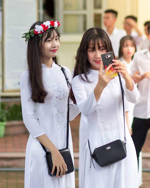 Áo dài nữ sinh cấp 3, hình ảnh áo dài nữ sinh gợi cảm dễ thương